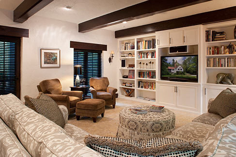 The average living room not hardly nc design online for Typical living room layouts