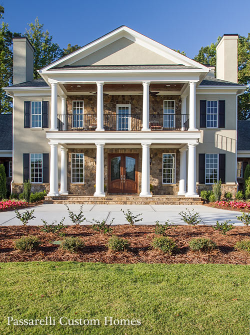 Lake norman builder customizes 7 500 square foot home with for Passarelli custom homes